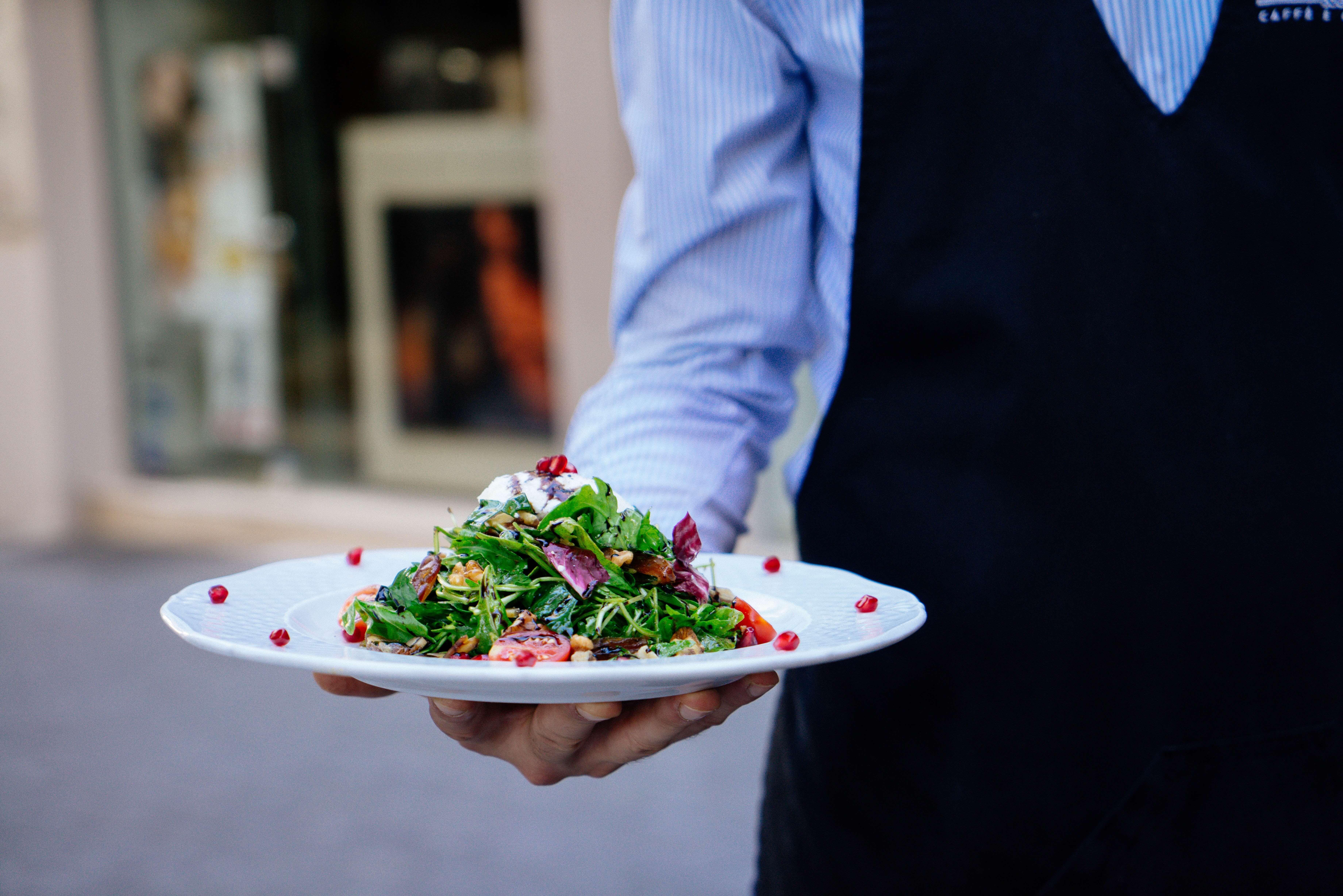 How Full-Service Restaurants Can Grow Revenue Using Feedback