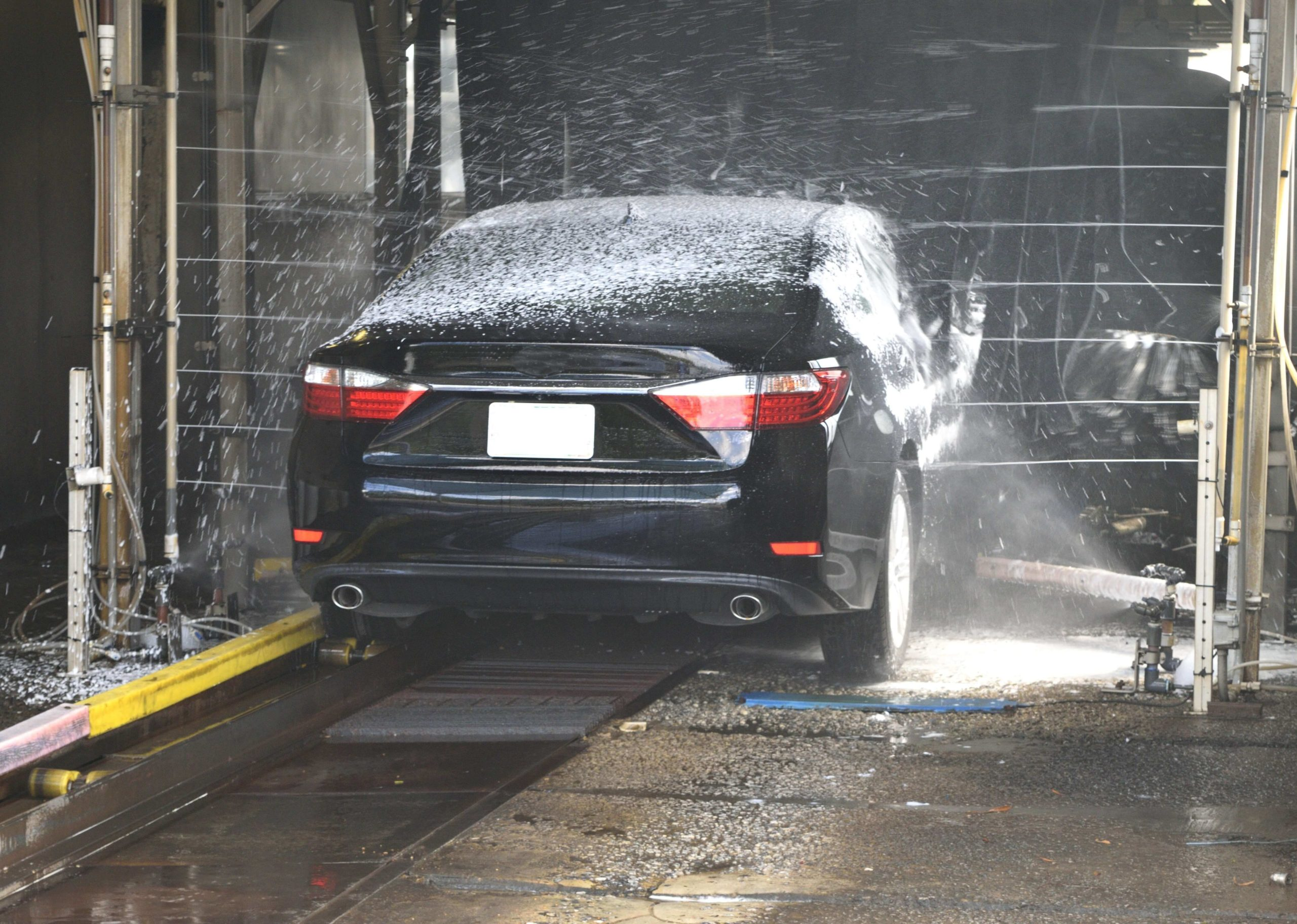 Why Unlimited Monthly Plans Are Good for Your Car Wash