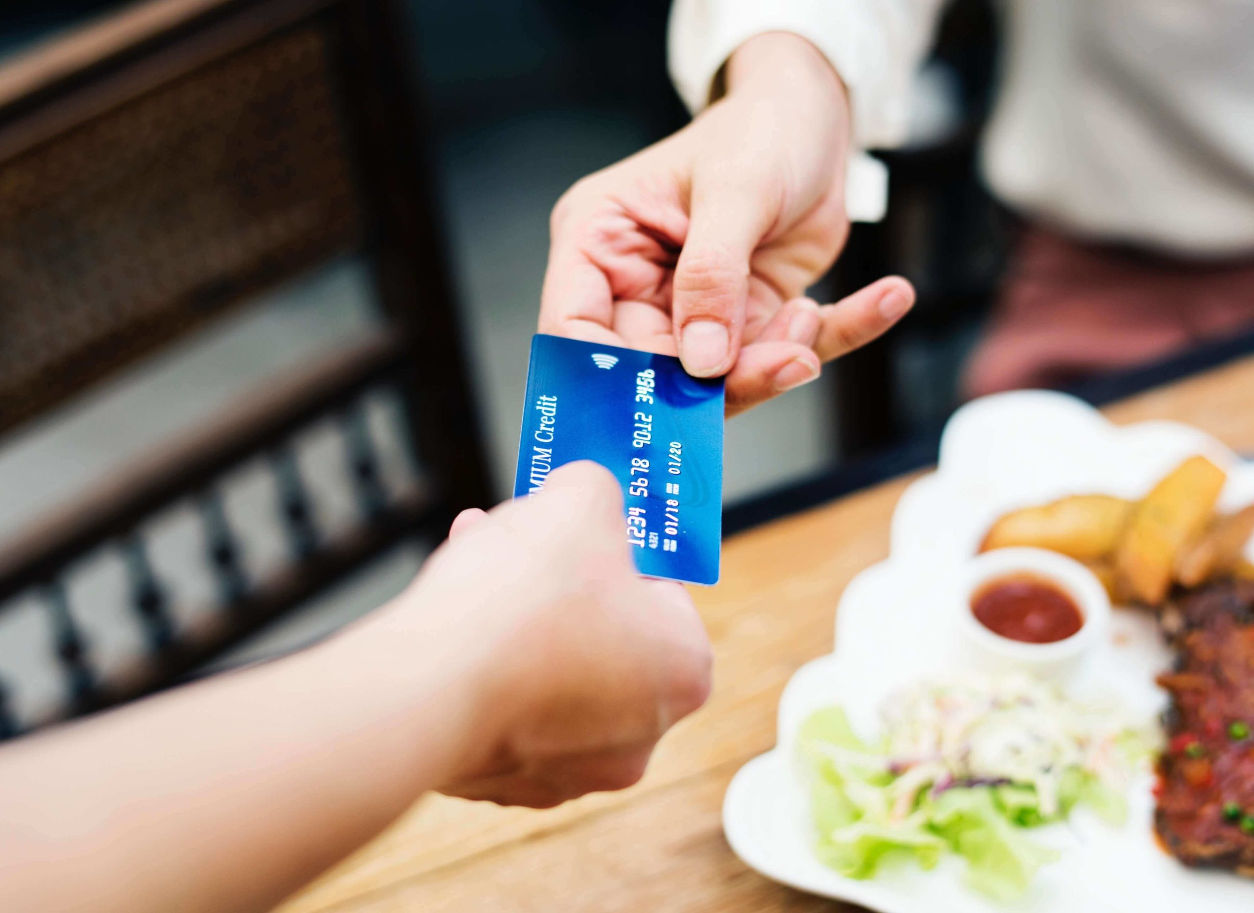 Credit card linkage for restaurant consumers